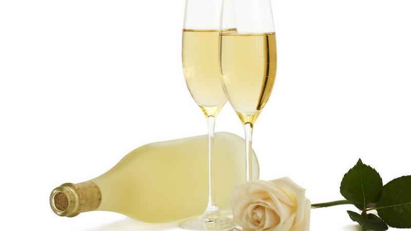 5 ok, amiért megéri pezsgőt innod! | rockwellklub.hu
