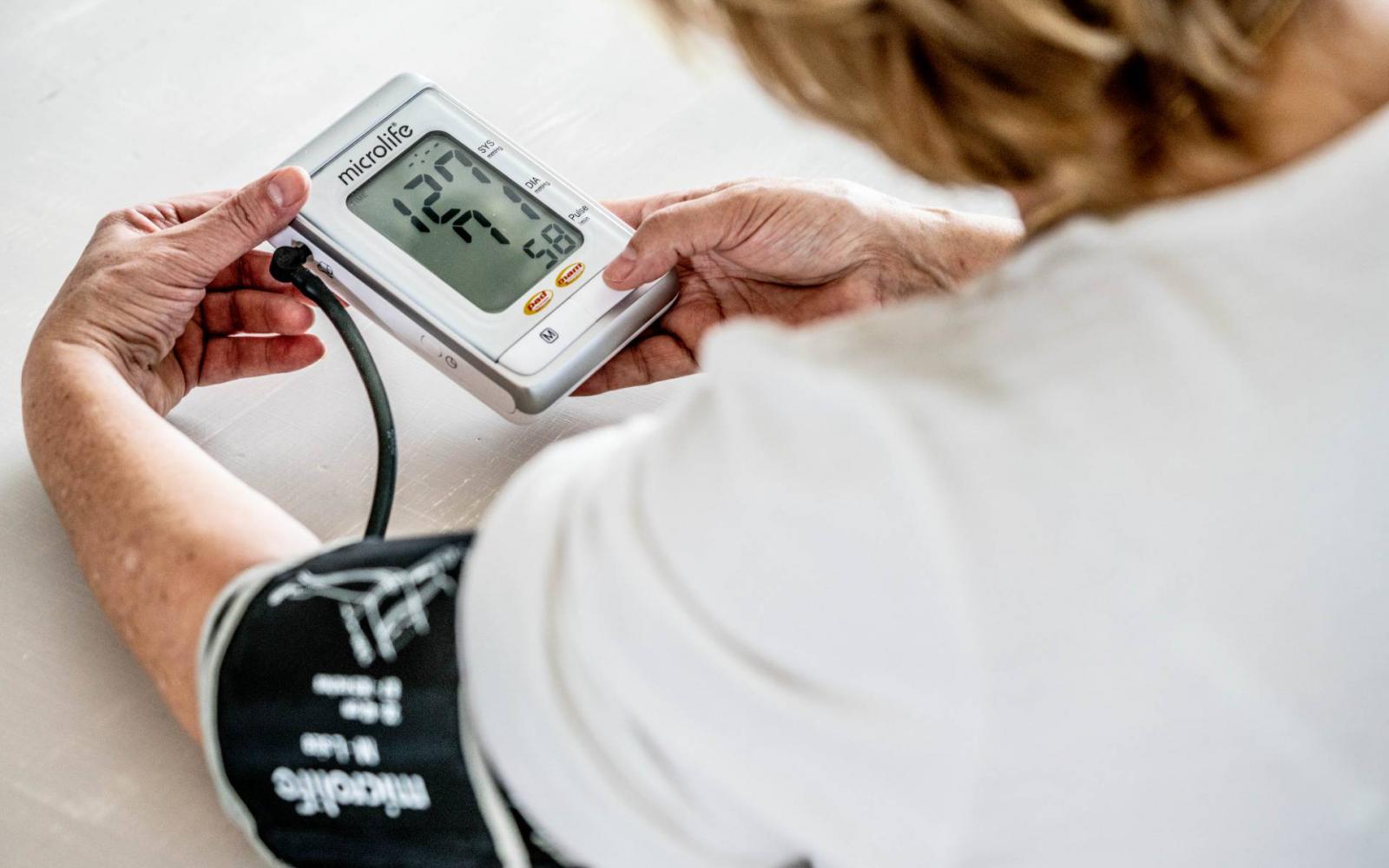 meghódítani a magas vérnyomást rita hogyan lehet egy nap alatt megszabadulni a magas vérnyomástól