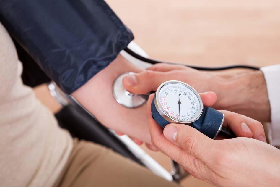 nyirokelvezető masszázs magas vérnyomás esetén