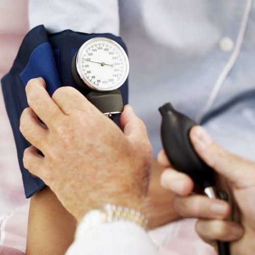 hogyan lehet kiszámítani a súlyt magas vérnyomás esetén