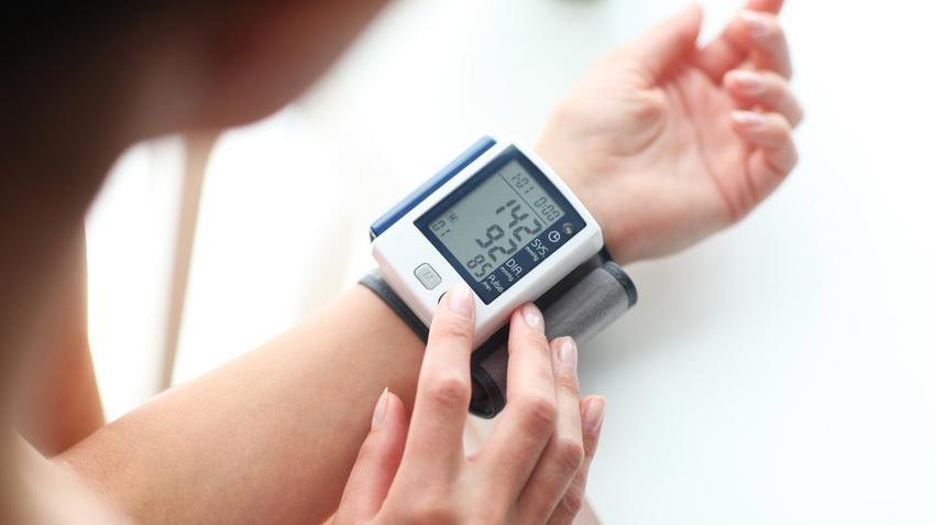 a magas vérnyomás átmenete a