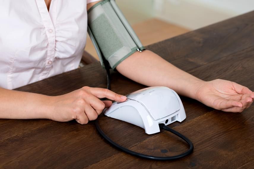 éjszaka magas vérnyomás elleni gyógyszer