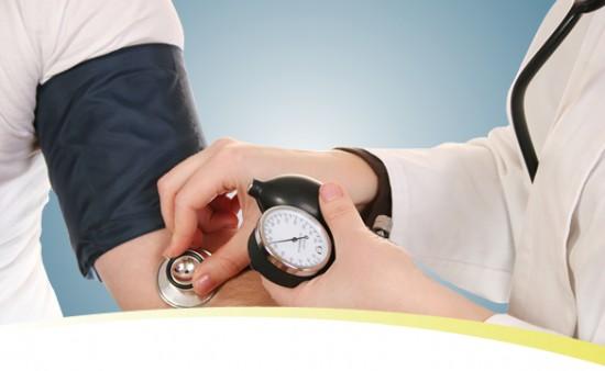 magas vérnyomás gyötri)