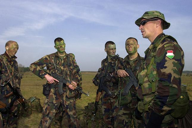 magas vérnyomású katonai szolgálatra való alkalmasság)