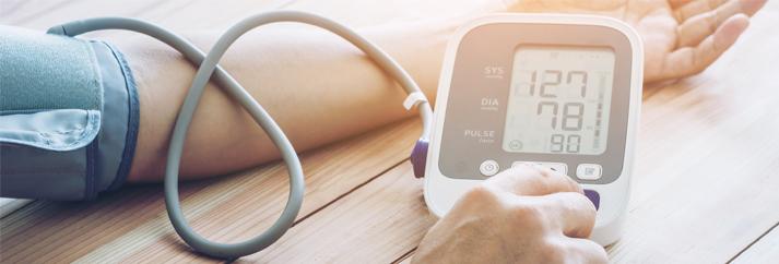hibák a magas vérnyomás kezelésében fehér fagyöngy infúziója magas vérnyomás esetén