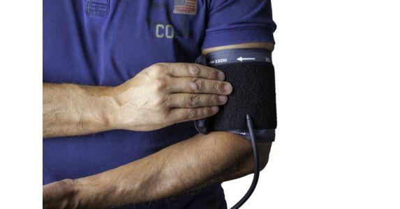 magas vérnyomás tünetei és népi gyógymódokkal történő kezelés)