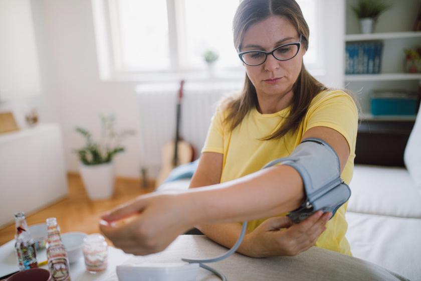 a test magas vérnyomásának kiszáradása sokat kell-e innom magas vérnyomás esetén