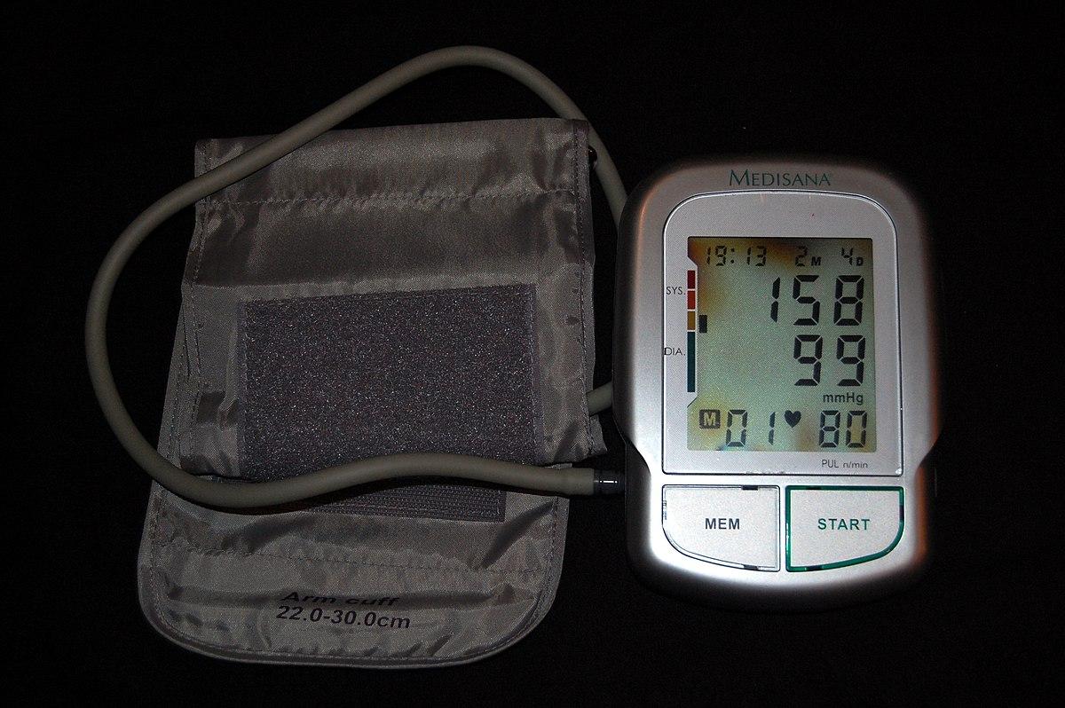 nyomás 120–70 magas vérnyomás esetén)