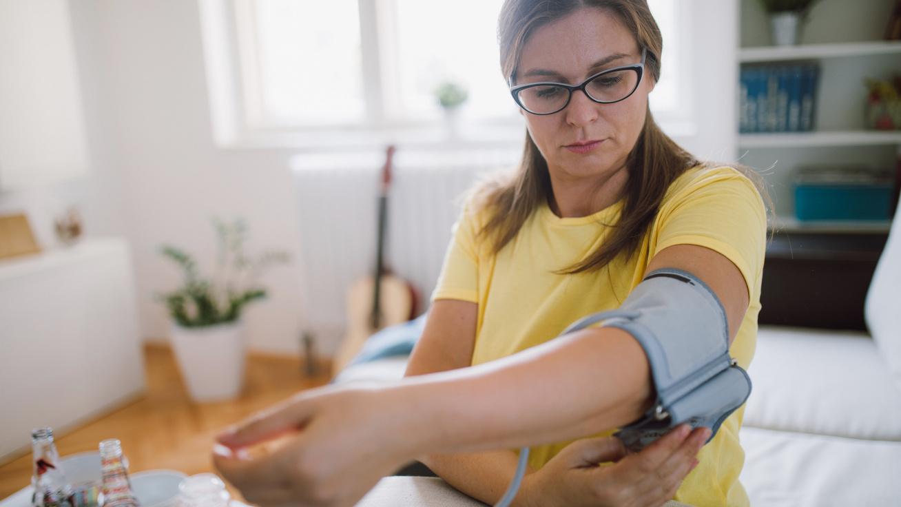 mit kell tenni a melegben magas vérnyomás esetén