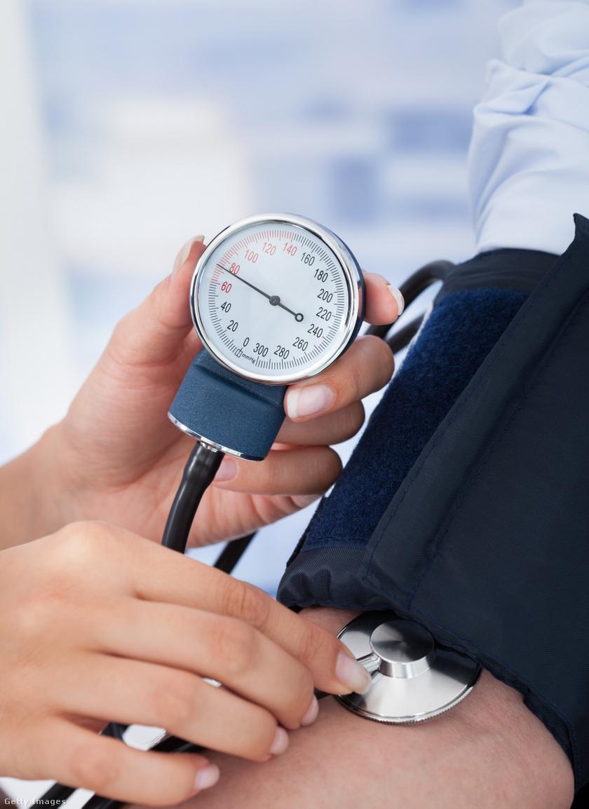 magas vérnyomás magas vérnyomáscsökkenéssel