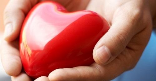 magas vérnyomás a szív reumájával)