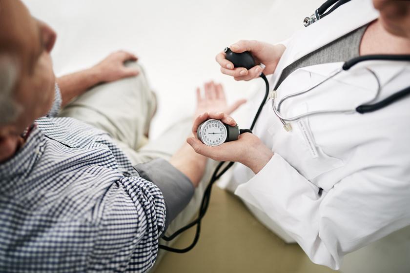 hogyan lehet megkülönböztetni a magas vérnyomást más betegségektől)