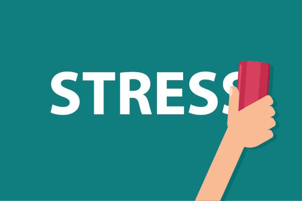 magas vérnyomás szó stressz